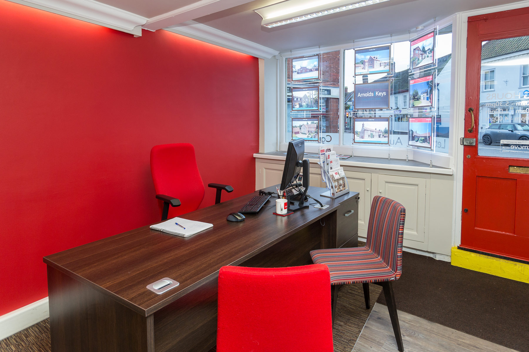 arnold holt office refurbishment