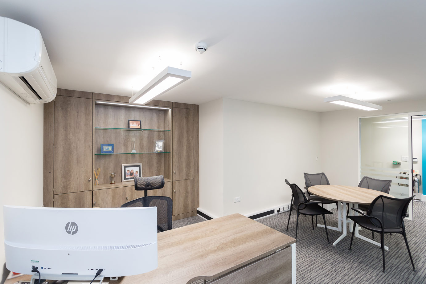 bateman-groundworks-director-office-design