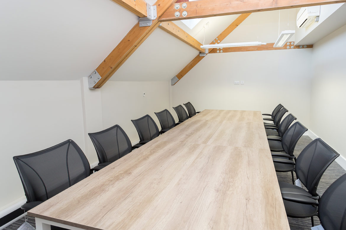 bateman-groundworks-meeting-room-design